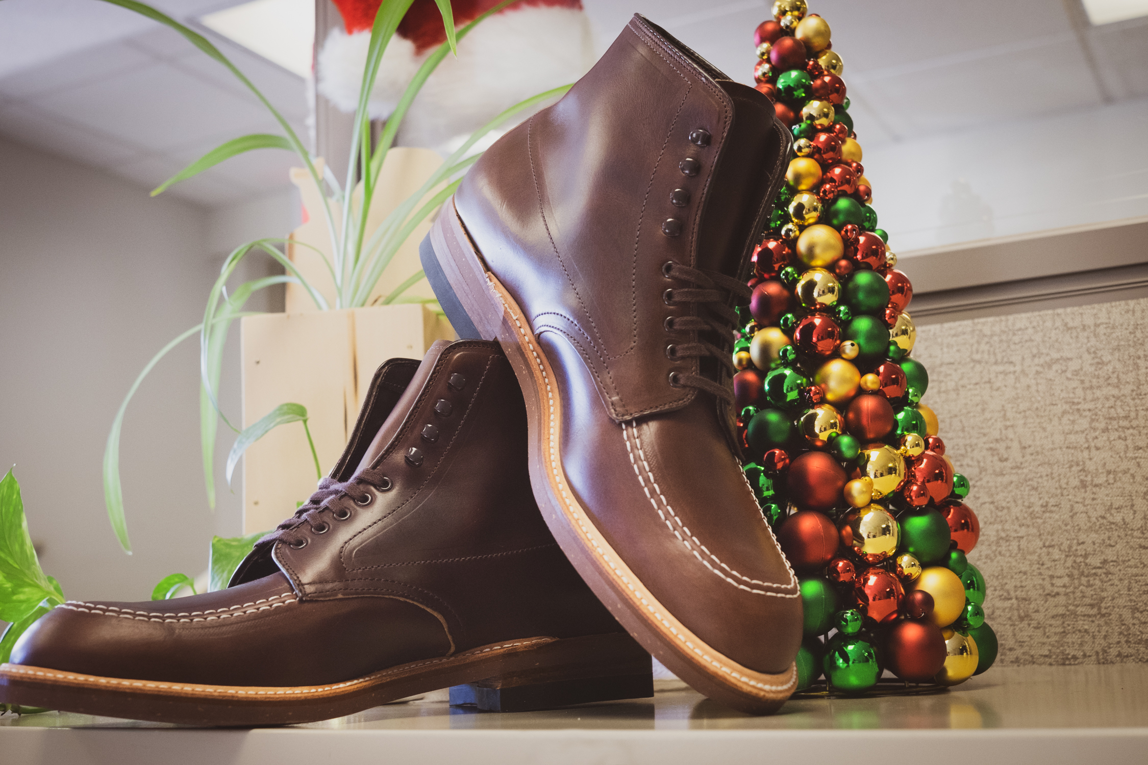 Happy Holidays from TheShoeMart - Alden 403